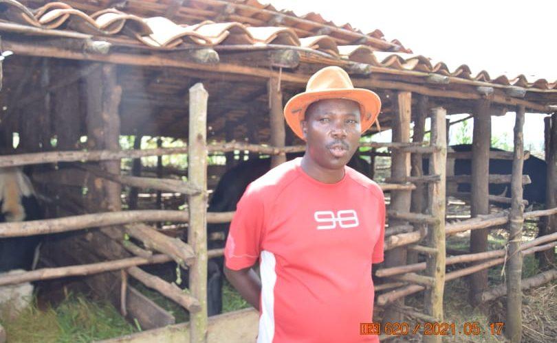 BURUNDI : Un AGRI-ELEVEUR de la colline NYANKARA à MAKAMBA