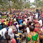 BURUNDI : Le Gouverneur discute avec les citoyens de GASORWE / MUYINGA
