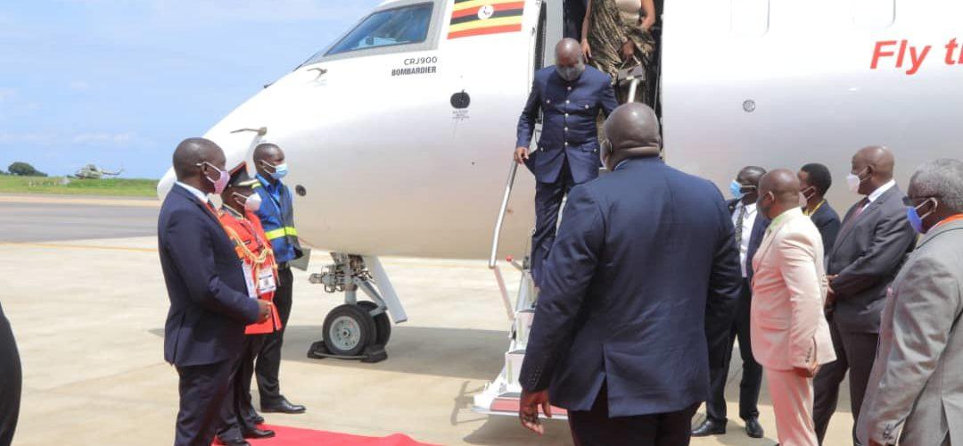 BURUNDI / OUGANDA : Départ de S.E. NDAYISHIMIYE à l'investiture de S.E. MUSEVENI