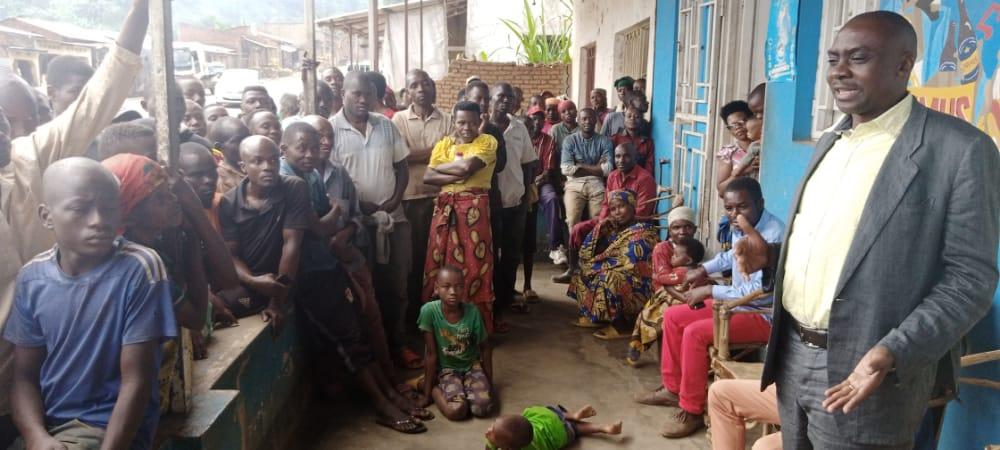 BURUNDI : Échange avec les habitants proches de la RN1 à BENGA, ISARE / BUJUMBURA