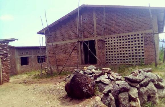 BURUNDI : Le Diocèse de BURURI construit un Centre De Santé à CANGWE