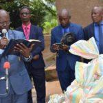 L'église pentecôte de Bujumbura vole au secours des victimes des inondations de Gatumba et Rukaramu