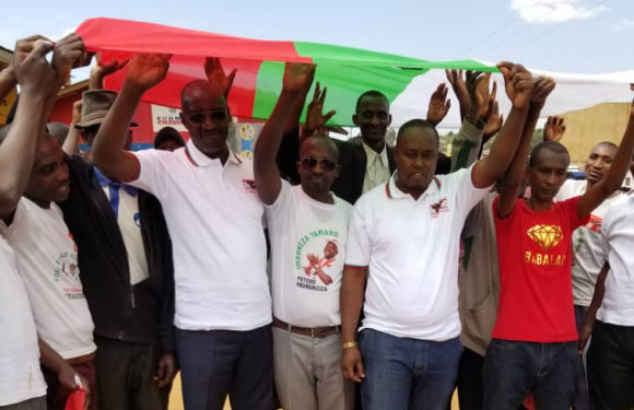 BURUNDI : De nombreux militants CNL de MATANA entrent au CNDD-FDD / BURURI