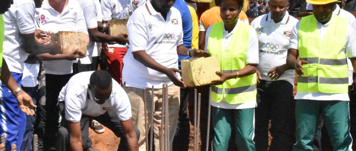 BURUNDI : TRAVAUX DE DEVELOPPEMENT COMMUNAUTAIRE – Construire LE CENTRE SPORTIF à MUYANGE,en commune MUGAMBA / BURURI