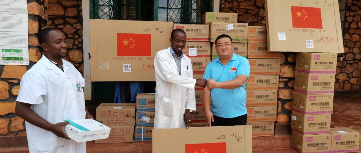 BURUNDI / CHINE : Don de 15 tonnes de médicaments et d'équipements médicaux