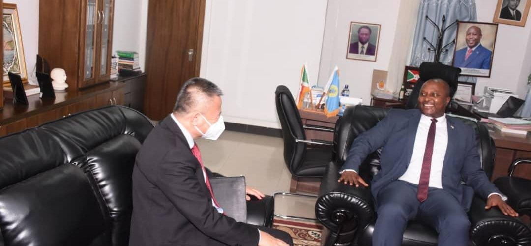 BURUNDI : Visite officielle de l'Envoyé Spécial du S.G ONU pour les Grands Lacs