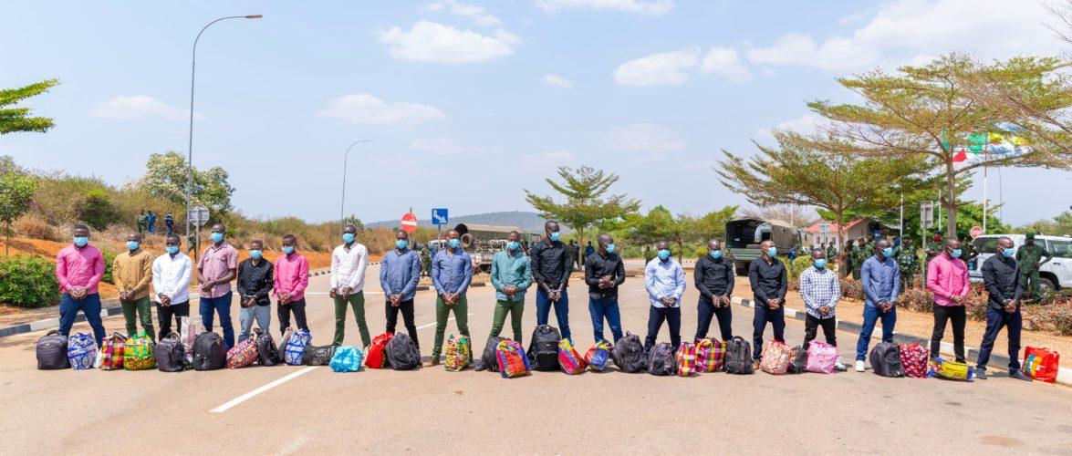 BURUNDI / RWANDA : La RDF remet 19 brigands transfrontaliers à la FDNB