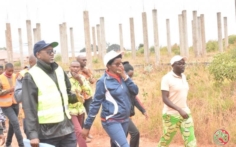 Karusi: le Ministre en charge des infrastructures annonce la réatribution des parcelles non mises en valeur