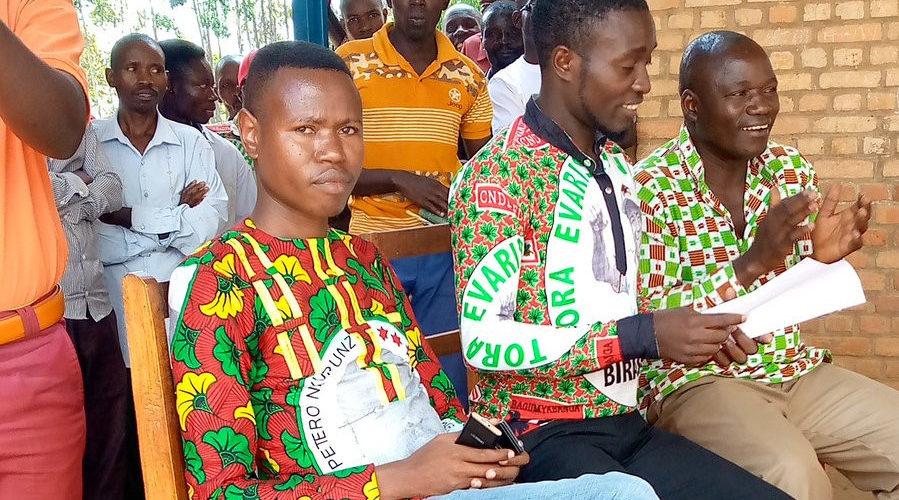 BURUNDI : Le CNDD-FDD BUKINANYANA accueille des ex-CNL et ex- SAHWANYA FRODEBU / CIBITOKE