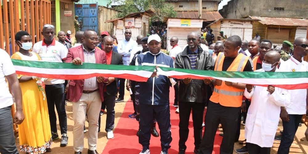 Le Chef de l'Etat inaugure le premier hôpital communal à Musigati