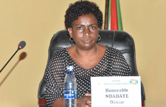 L'Hon. Denise Ndadaye remplace l'Hon. Njebarikanuye révoquée