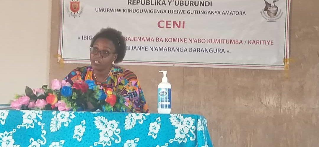 BURUNDI : La CENI en réunion d'échange avec les Conseils des collines à RUTANA