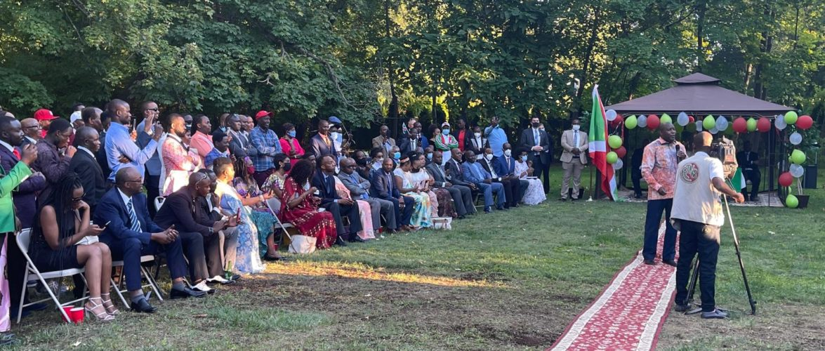 BURUNDI : Le Chef d'État S.E. NDAYISHIMIYE rencontre LA DIASPORA AUX USA