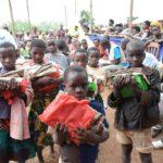BURUNDI : SAD distribue à 700 enfants du matériel scolaire à NYABIHANGA / MWARO