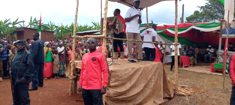 BURUNDI : Le CNDD-FDD GITERANYI en rassemblement à NONWE / MUYINGA