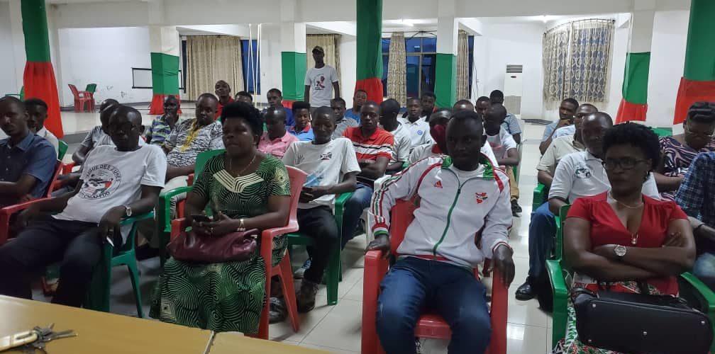 BURUNDI : Le CNDD-FDD MATANA en réunion / BURURI