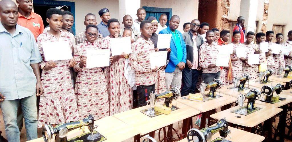 BURUNDI : Food for the Hungry a formé 15 couturiers à BUSONI / KIRUNDO