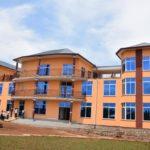 Le Gouvernement italien remet des équipements médicaux à la fondation Umugiraneza
